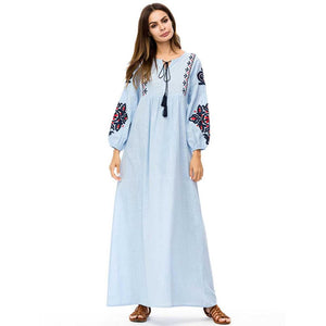 Elegant Embroidery Women's Boho Dress Casual Muslim Abaya Islamic Robe with Tassel