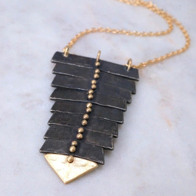 Fishbone Necklace Black&14k Gold