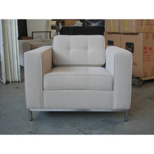 Load image into Gallery viewer, Tufted Club Chair