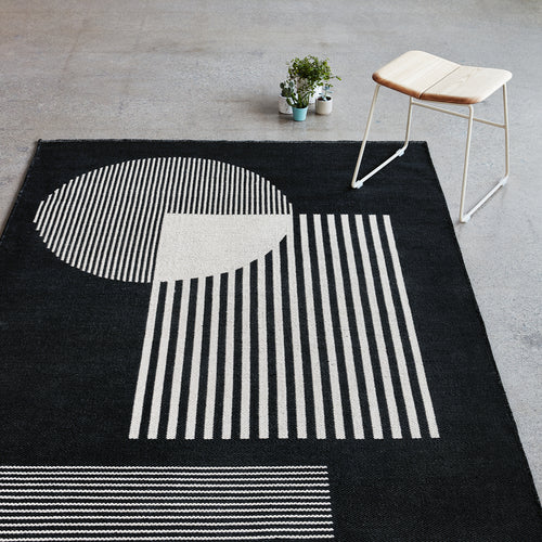 Construct Indoor/Outdoor Rug – Versa