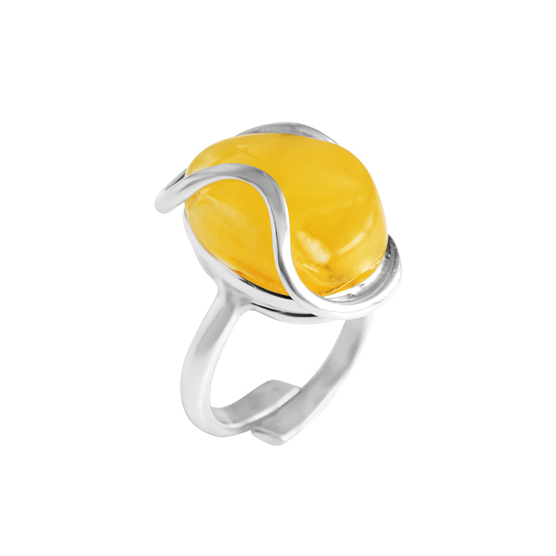 Elegant Butterscotch Baltic Amber Sterling Silver Ring