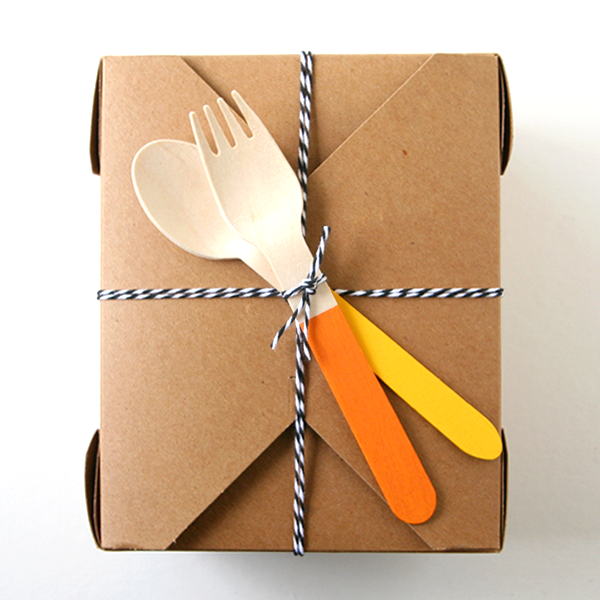 Thanksgiving leftovers to go box with painted wooden cutlery