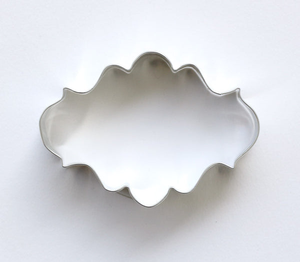 fancy oval plaque cookie cutter