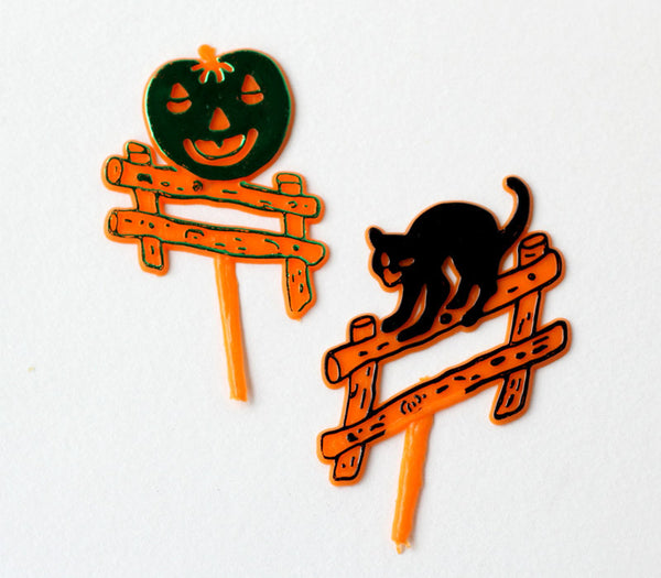 Retro-inspired Halloween Cat and Jack o' Lantern Cupcake Picks
