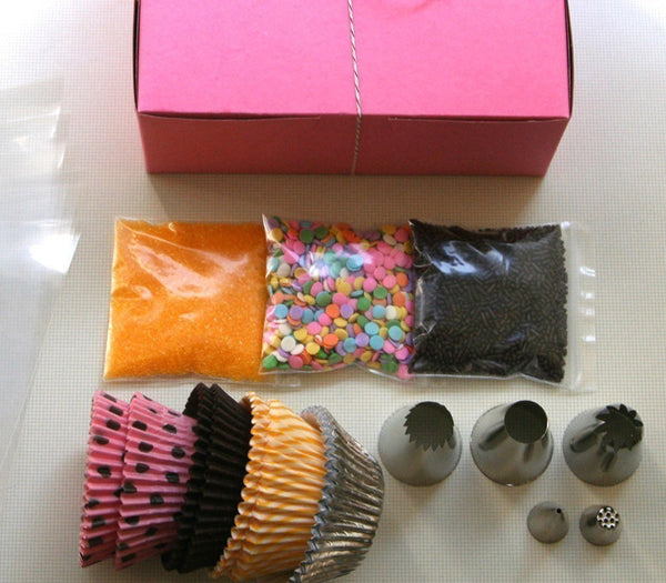 Sweet Estelle's Classic Cupcake Decorating Kit