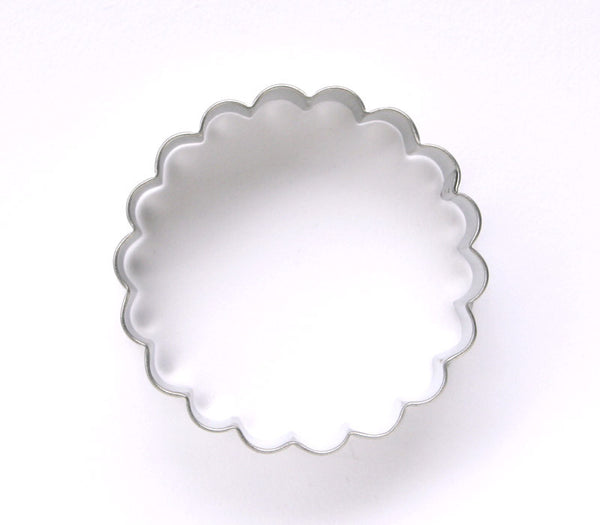 Round Scallop Biscuit Cutter / Fluted Cooke Cutter