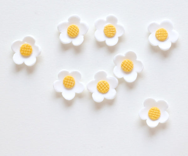 Gumpaste Daisy Sugar Decorations