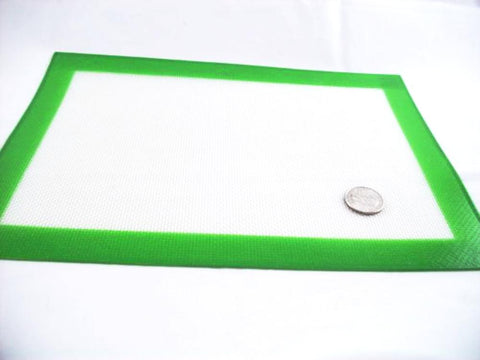 Large Green Non Stick Silicone Mat(10.5 in. x 8.5 in.)