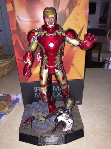 hot toys iron man mark 43