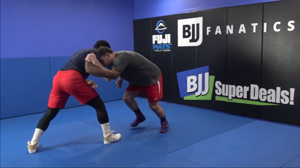 New To Wrestling? Check Out These Awesome Takedowns