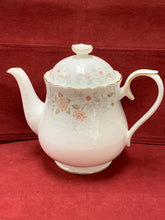 Load image into Gallery viewer, Royal Albert. England. For All Seasons-Autumn Sunlight. 3 Pc Tea Service. Teapot 5 cup