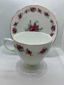 Queen Anne. England.  Cup and Saucer. Pink Roses