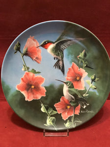 Collector Plate. The Hummingbird, by Kevin Daniels. 9-1/4