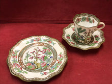 Load image into Gallery viewer, Showing 3 pc set. side plate, saucer and cup