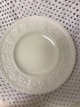 Load image into Gallery viewer, Wedgwood, Wellesley, Cream Ware. Dinner Plate, 9-1/2