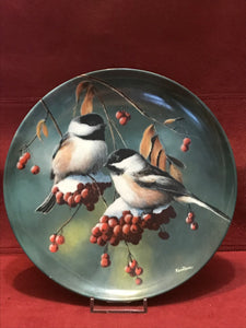 Collector Plate. The Chickadee, by Kevin Daniels 9-1/4
