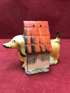 Salt and Pepper, Dachshund with Doghouse, Japan