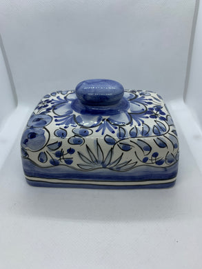 Butter Dish.  Unmarked. Lid Only.  Blue and White.  Rectangle.