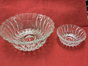 Bowl, with 4 Nappies, Pressed Glass, Canada, Vintage.