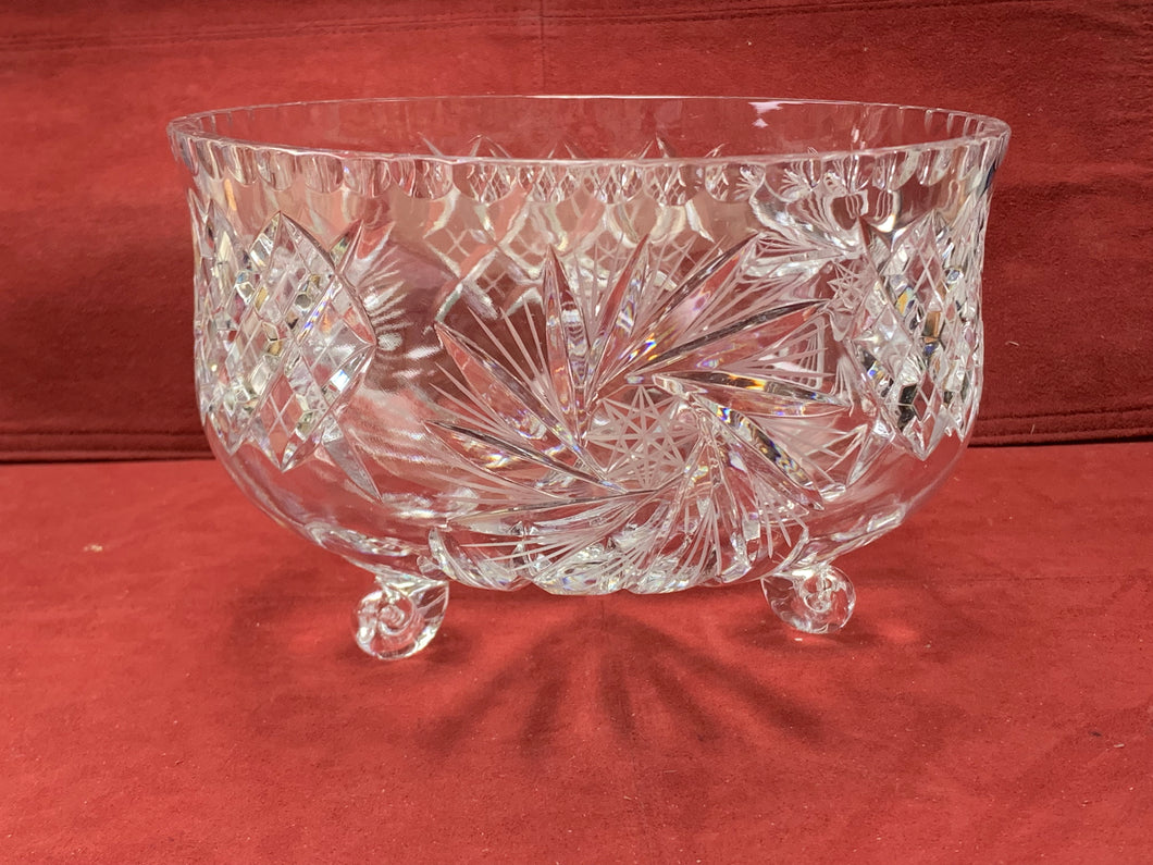 Crystal Serving Dish, 3  footed- Trifle Dish, Pinwheel