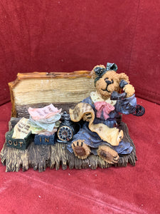 Boyds Bears and Friends.The Boyds Collection. 4101. Take a Card..