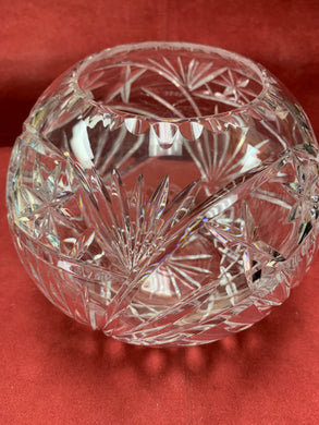 Crystal, Rose Bowl. Fan pattern with x's and 8 sided stars. 6