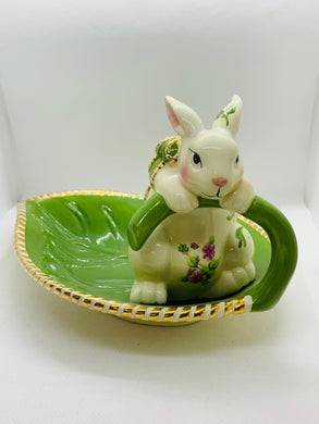Candy Dish. England. Old Country Roses- Seasons of Colour- Rabbit