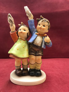Hummel, Goebel. Germany Figurine.