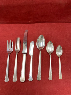 Rogers 1881.  Silver Plated.  Flatware - service for 8. (56pcs).  DEL MAR