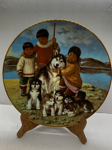 "Collector Plate.  Arctic Spring-""Proud Mother"", by Nori Peter.  9-1/2"""