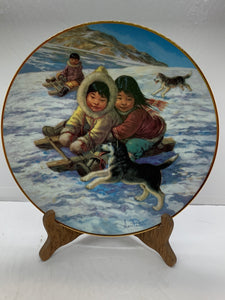 "Collector Plate. Arctic Spring-""The Race"