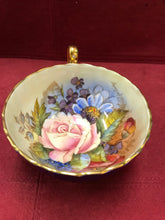 Load image into Gallery viewer, Aynsley, Cobalt with Roses, 1033