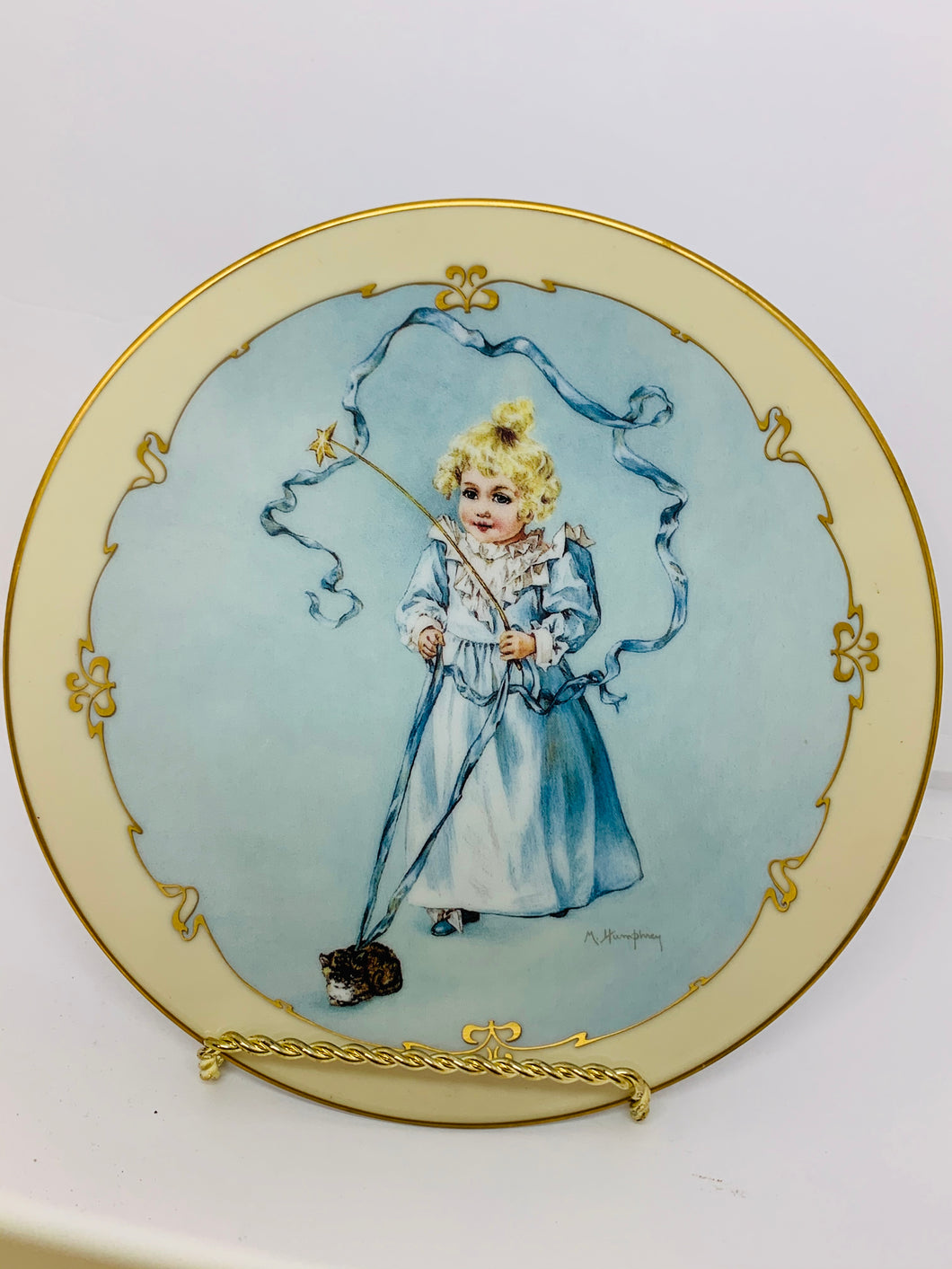 "Collector Plate- Hamilton Collection USA. From the ""Little Ladies"" Collection. 1991. The Magic Kitten. 8-1/2"