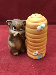 China, Collectible Salt and Pepper. Bear with Hive