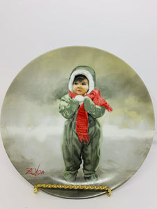 Collector Plate- Pemberton & Oakes- Donald Zolan. Winter Angel- 1984. 8-1/2""