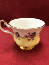 Load image into Gallery viewer, Royal Albert, Purple Violets, 4361- Yellow