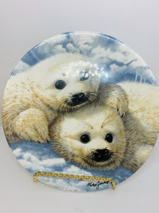 Collector Plate- Royal Grafton. Mike Jackson. Baby Seals . 1990.  8-1/2