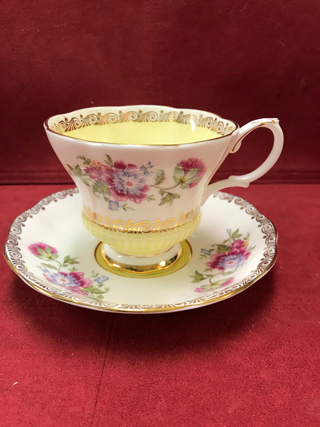 Royal Albert,  Reverie