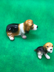 Japan, Beagles, Set of 2