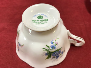 Royal Albert, Forget Me Nots