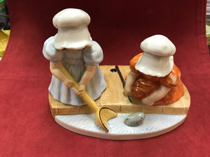 Figurine, Bavaria, Royal Bayreuth, Sunbonnet Babies, Sunday Fishing