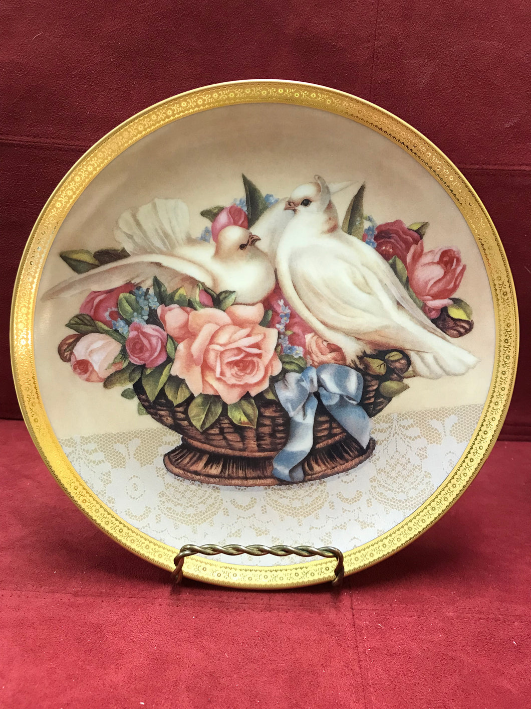 Romance in Bloom  by Gloria Vanderbilt. Collector Plate