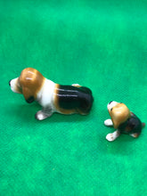Load image into Gallery viewer, Japan, Beagles, Set of 2