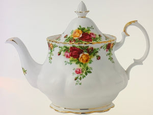 Royal Albert, Old Country Roses. Tea Service. (3 pc).