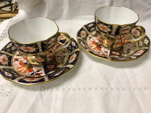 Royal Crown Derby,  set of 2 cups and saucers