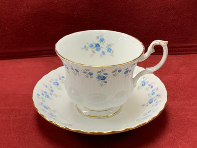 Royal Albert, England. Memory Lane, Cups and Saucers, Forget-Me-Nots