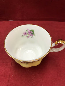 Royal Albert, Purple Violets, 4361- Yellow