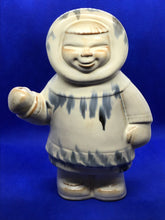 Load image into Gallery viewer, Pottery. Huronia. Canada.Figurine. Inuit/Eskimo Hunter