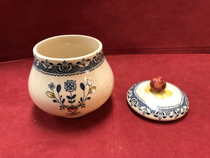 Johnson Bros. England, Old Granite, Hearts and Flowers. Cream and covered Sugar Bowl