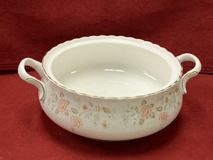 Royal Albert, For All Seasons-Autumn Sunlight.   Vegetable dish with lid.